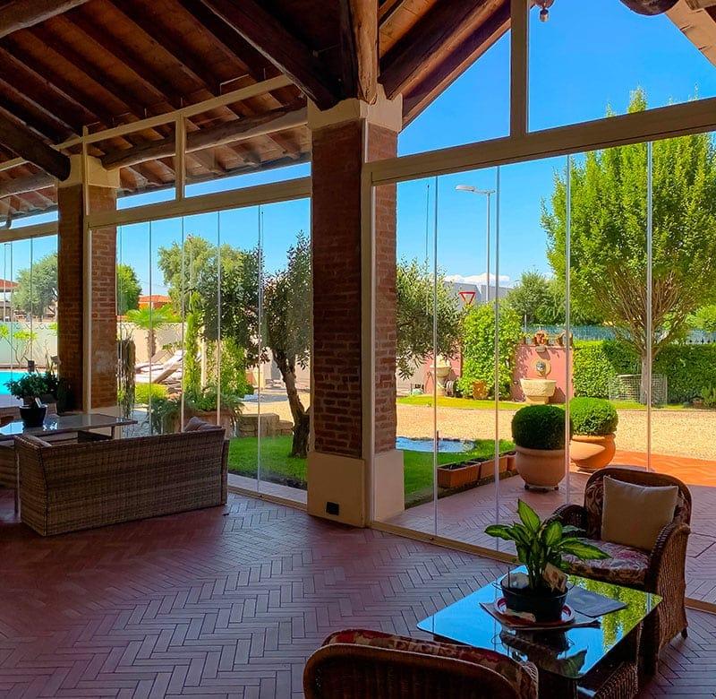 vetrate scorrevoli per portici, terrazzi e balconi