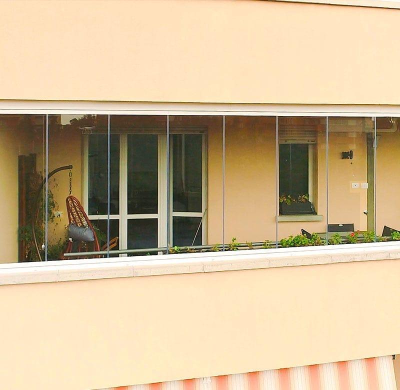 copertura del terrazzo con le vetrate scorrevoli panoramiche