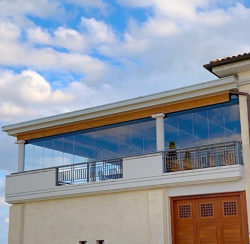 coperture scorrevoli in vetro per terrazzi