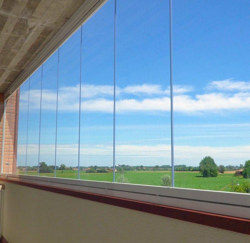 chiusura del terrazzo con vetri scorrevoli